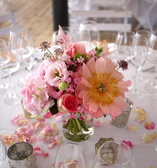 pivoine, rose, lisianthus, astrantia, astilbe,