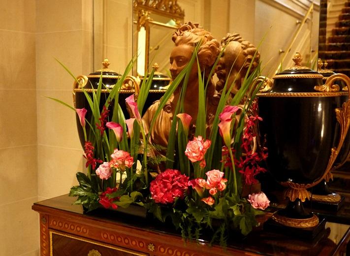 pivoine, hortensia, calla, rose