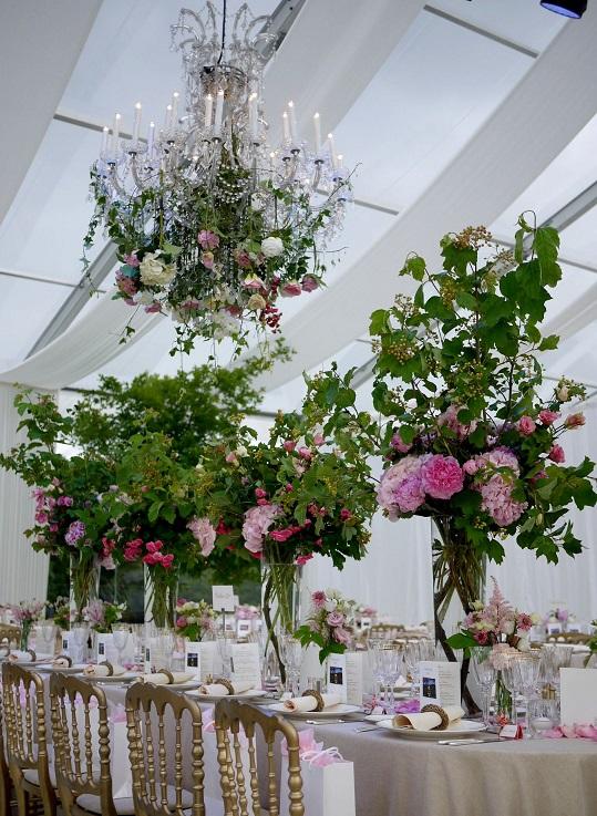 astrantia, fleur artificielle, hortensia, lisianthus, pivoine, pois de senteur, rose, scabieuse