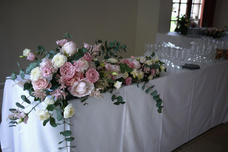 rose, hortensia, renoncule, freesia, astilbe, lisianthus, pivoine,