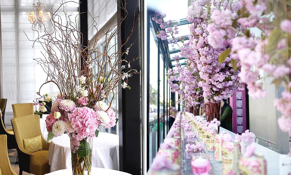 decoration florale avec cerisier pour evenement